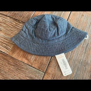 Nwt Gymboree chambray bucket hat 6-12 months